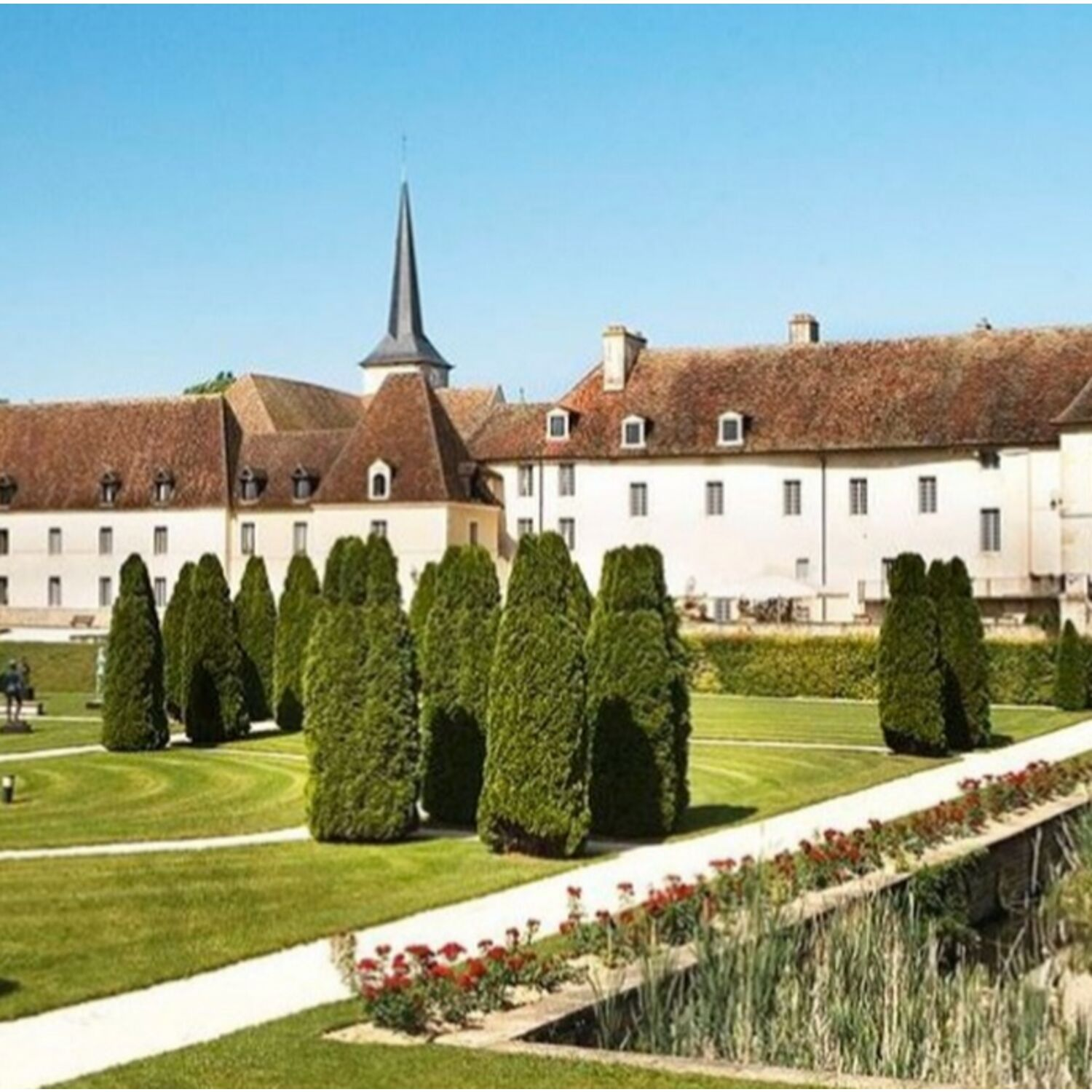 Découvrez le château de Gilly-lès-Citeaux