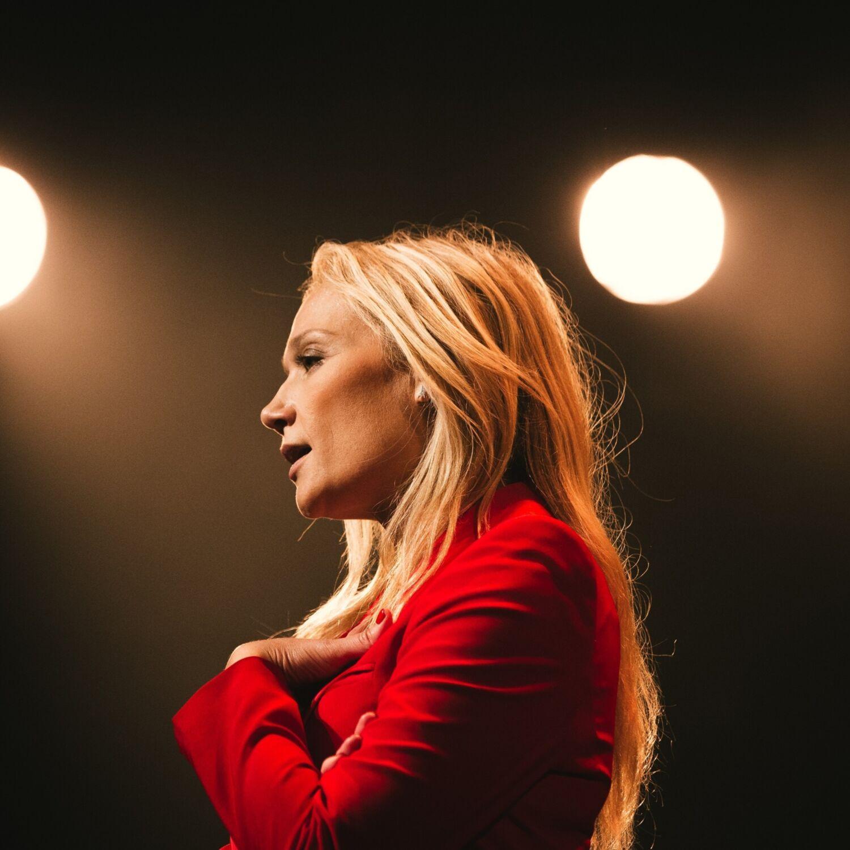 Caroline Vigneaux en spectacle à Chenôve