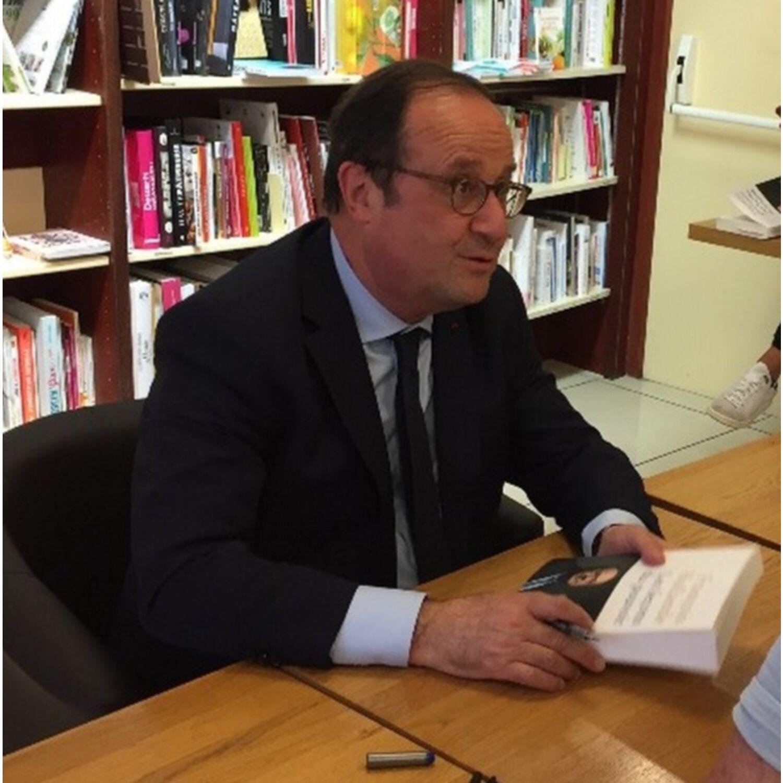 François Hollande répond aux questions de K6FM