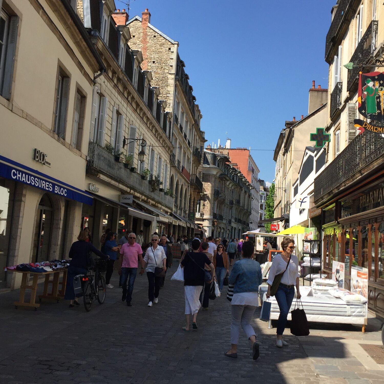 Réouverture de tous les commerces du centre-ville de Dijon