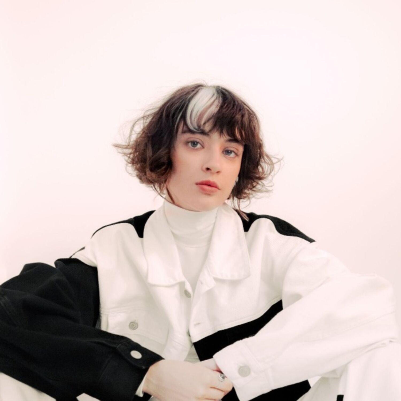 """Interview de la chanteuse """"Pomme"""""""