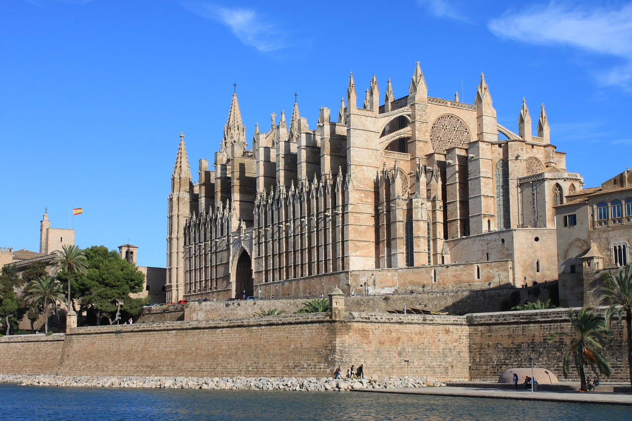 Cheap flights to Palma de Majorca