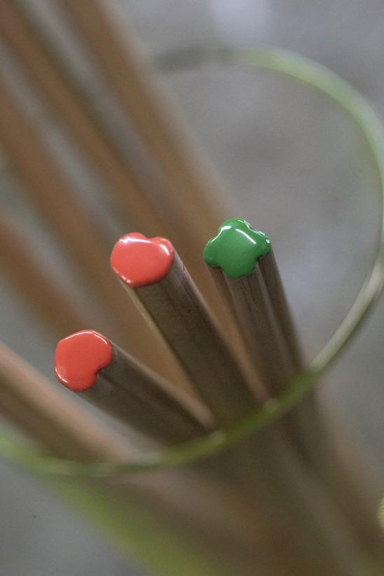crayon écologique à personnaliser - Crayon à papier personnalisable Coeur PRESTIGE ROUGE 17,6cm