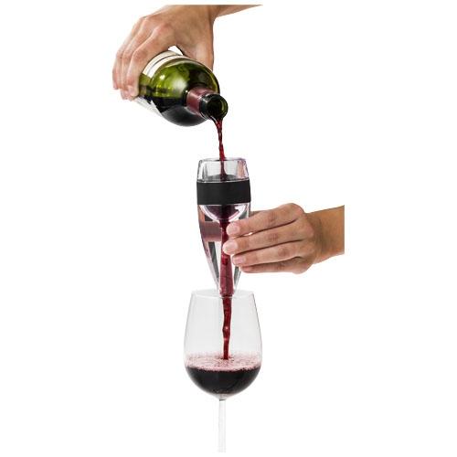 Démonstration de l'aérateur à vin Vine avec bouteille