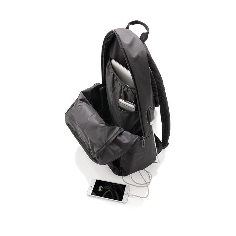 Sac à dos pour ordinateur avec prise USB Tool