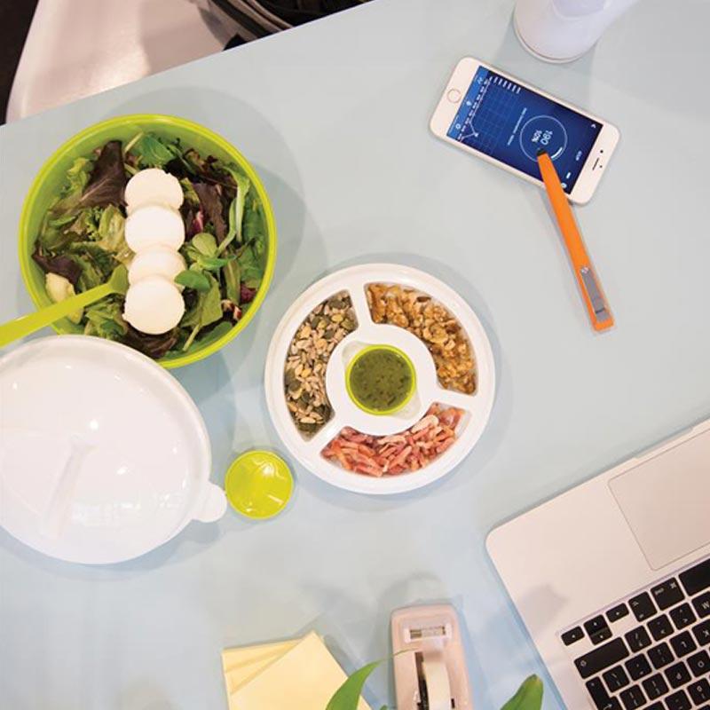 Lunch box publicitaire Salad2go pour déjeuner au travail