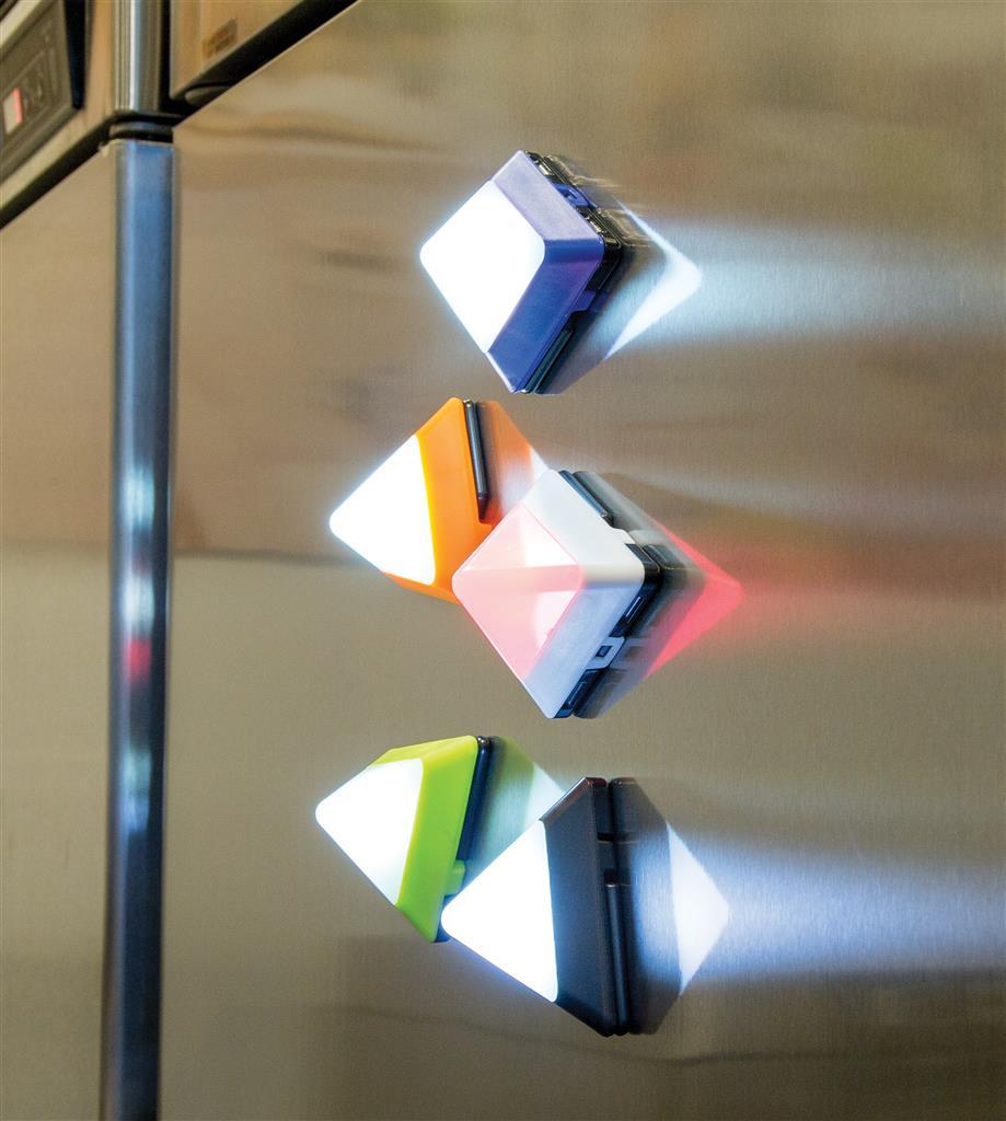 Cadeau publicitaire - Mini lampe publicitaire triangulaire Pils