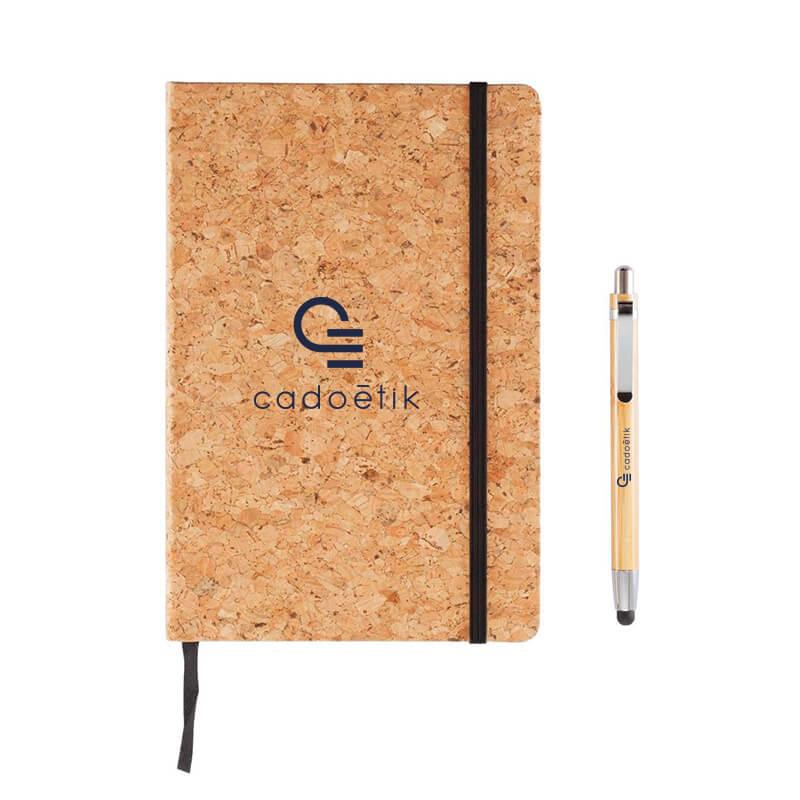 Carnet publicitaire Earth en liège avec stylo en bambou