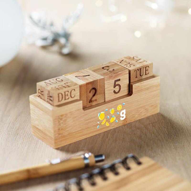 Calendrier en bambou Karenda à personnaliser - Cadeau publicitaire Noël