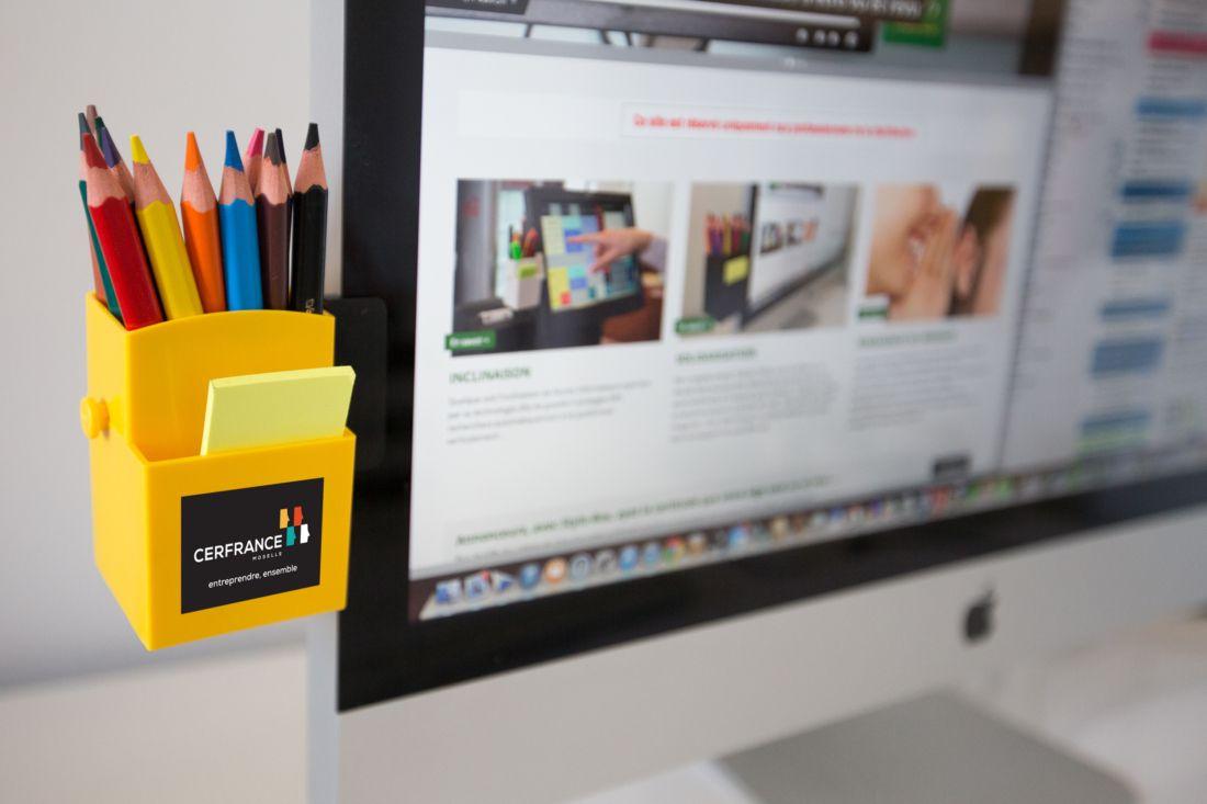 goodies entreprise - pot à crayons personnalisé pour ordi Stylo-box