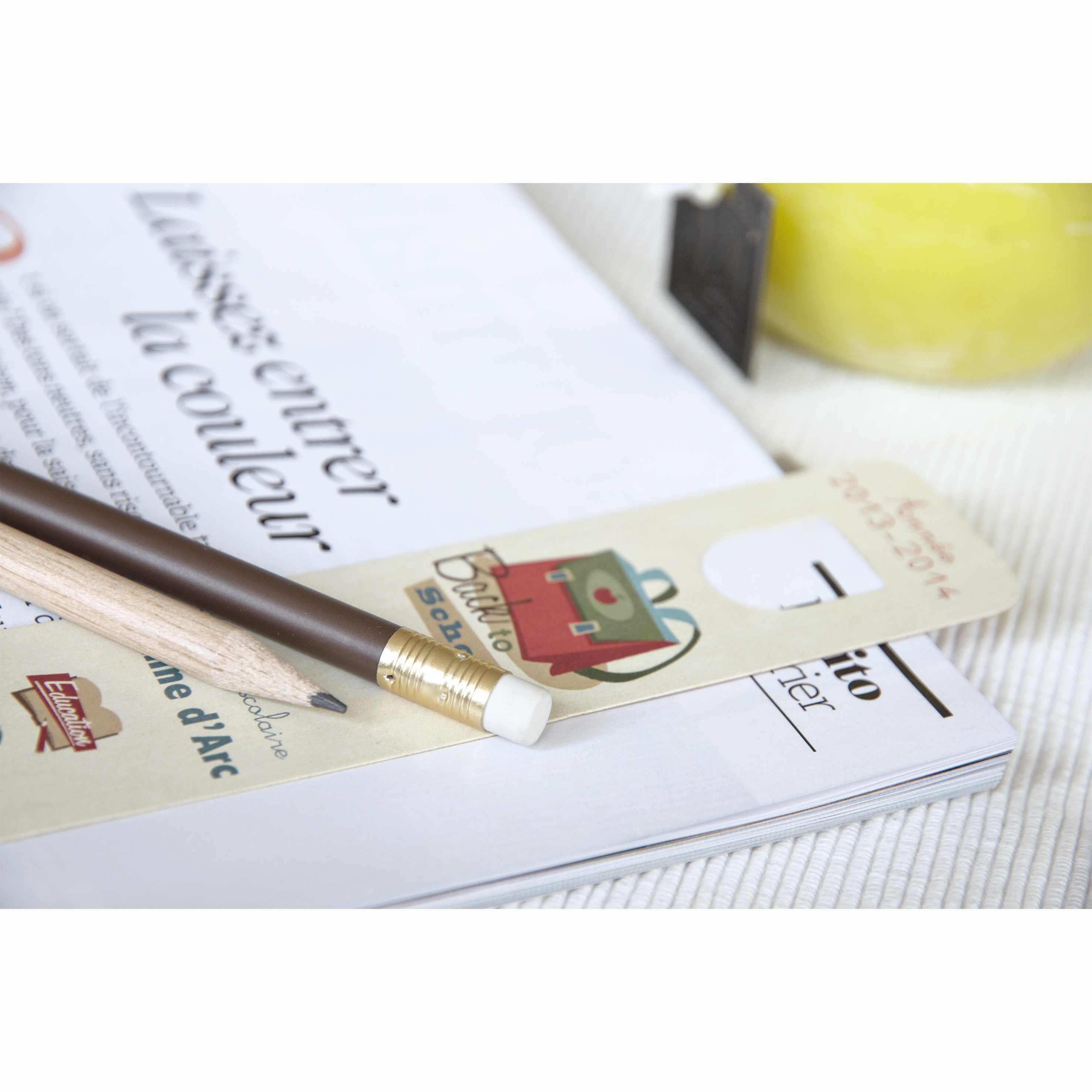 Kit crayon bois et marque-page personnalisé Panty - objet publicitaire écologique