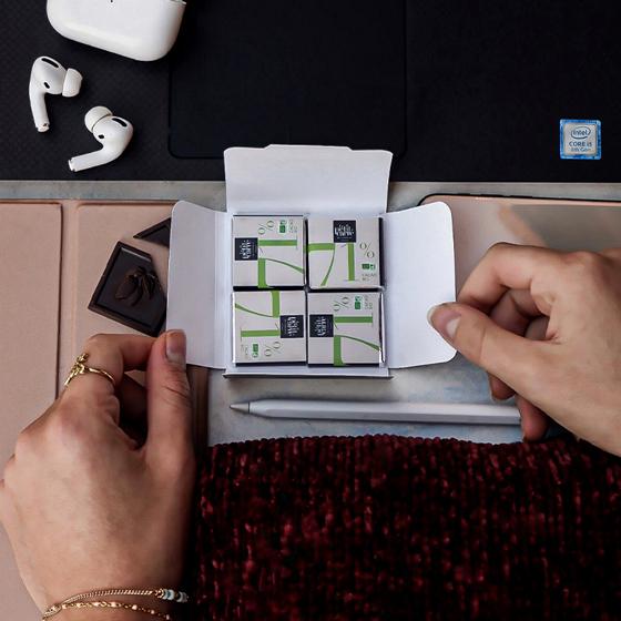 Ouverture carte avec carré de chocolat