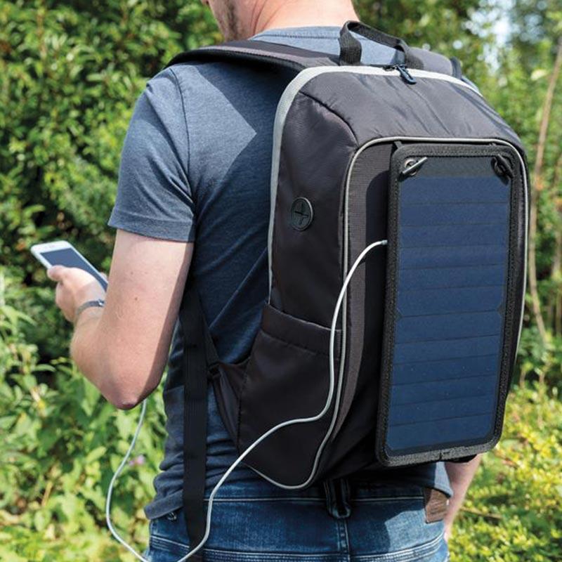 Sac à dos randonnée avec panneau solaire Friendly