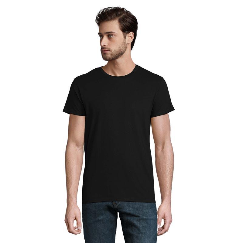T-shirt publicitaire porté par homme Crusader