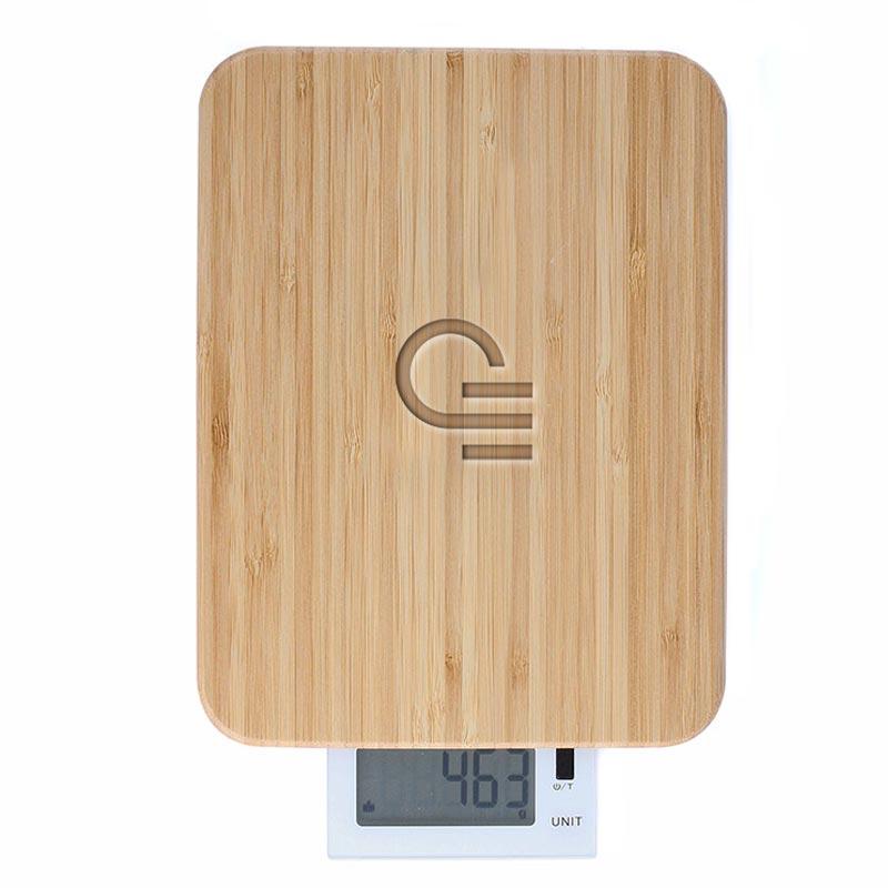 Balance de cuisine personnalisée et planche en bambou Marty - Gravure laser