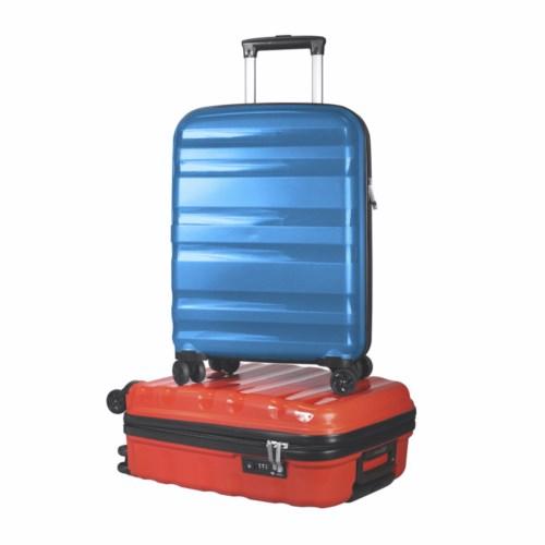 Valise cabine legère, solide et rigide UNBREAK