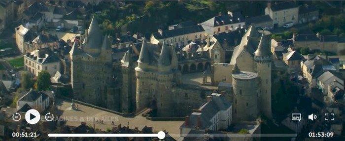 Des Racines et des Ailes - Sur les chemins du Mont-Saint-Michel : Vitré