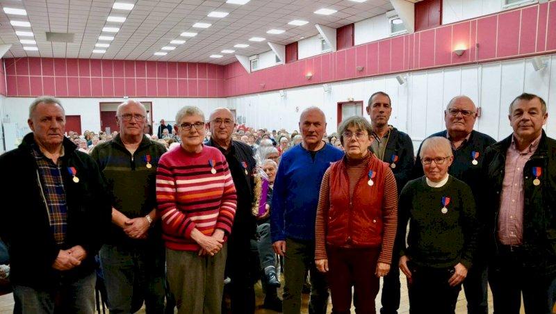Vœux: douze bénévoles de la vie associative honorés
