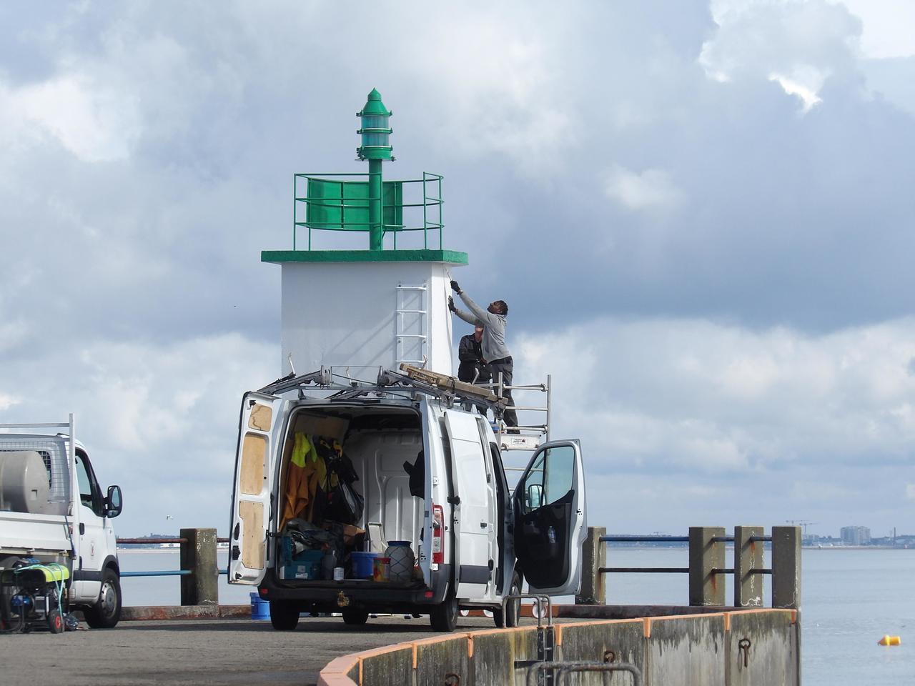 A Saint-Michel Chef Chef, les balises du port de Comberge ont été refaites à neuf