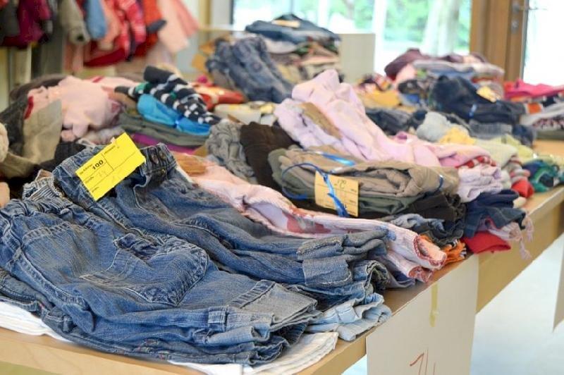 Le Secours populaire organise un vide-armoire et des collectes en mai à Blain