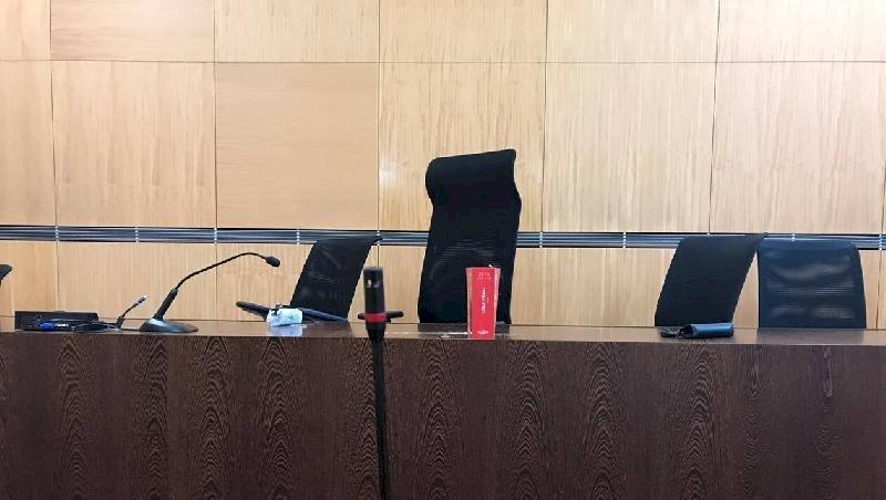 Sept ans après, la nounou de Plessé nie toujours devant la justice