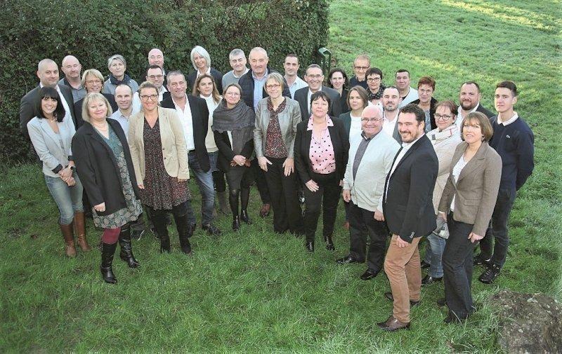 Municipales : maire sortant, Georges Leclève présente sa liste, à Chaumes-en-Retz