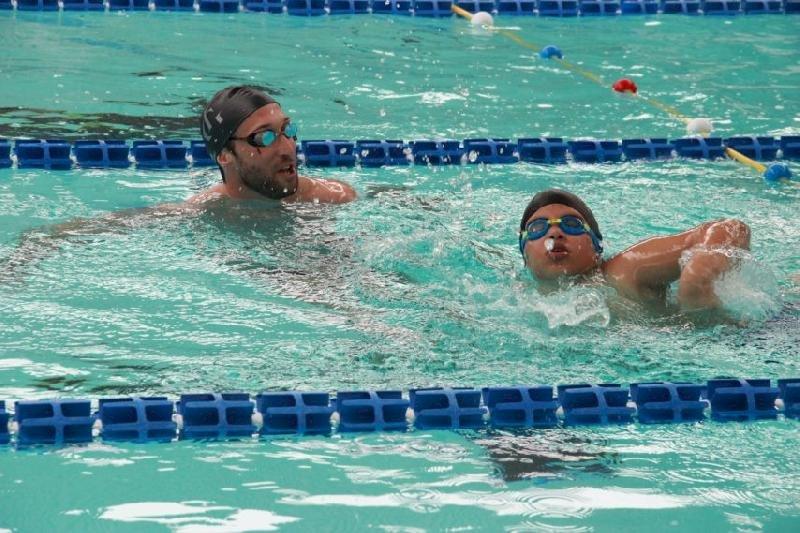 Le champion olympique Fabien Gilot à Blain pour le lancement d'une académie de natation
