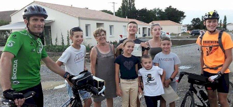 Chaumes-en-Retz. 380km à vélo pour Pierryves Recoquillé et son fils Yoan