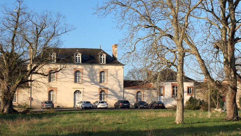 Pornic. Le château des Brefs devenu centre culturel   Presse Océan