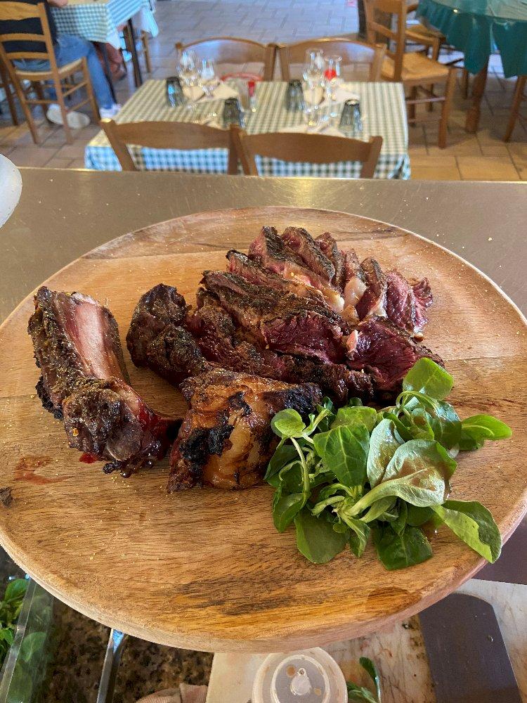 Votre Restaurant Côtes & Bouchons ouvert tout l'été !