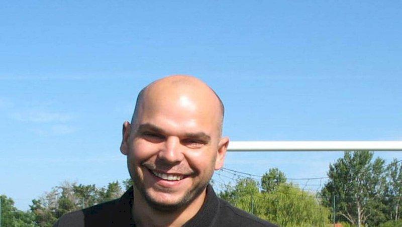 Villeneuve-en-Retz. Lucas Baudouin prend les rênes du club de foot | Presse Océan