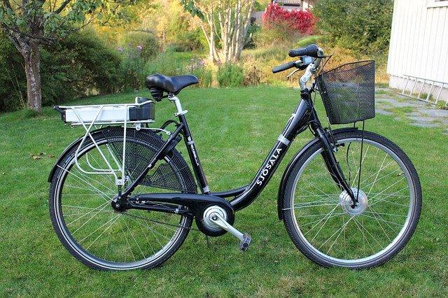 Véloce : le service de location de vélo à assistance électrique d' Erdre & Gesvres