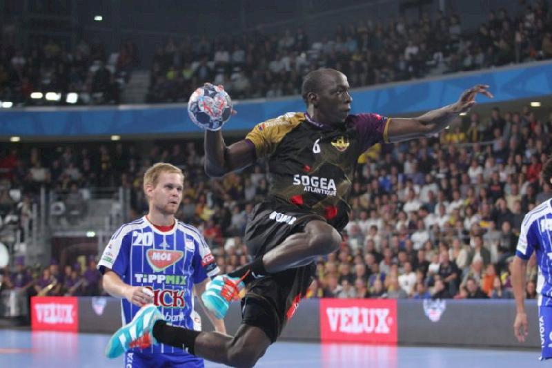 Deux handballeurs du HBC Nantes en dédicace à Blain, samedi 14 septembre