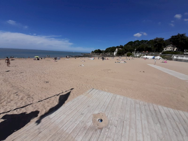 À Pornic, les douches sur les plages sont supprimées