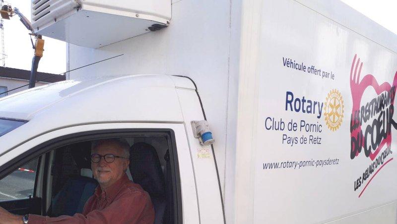 Pornic. Le Rotary club offre une camionnette aux Restos
