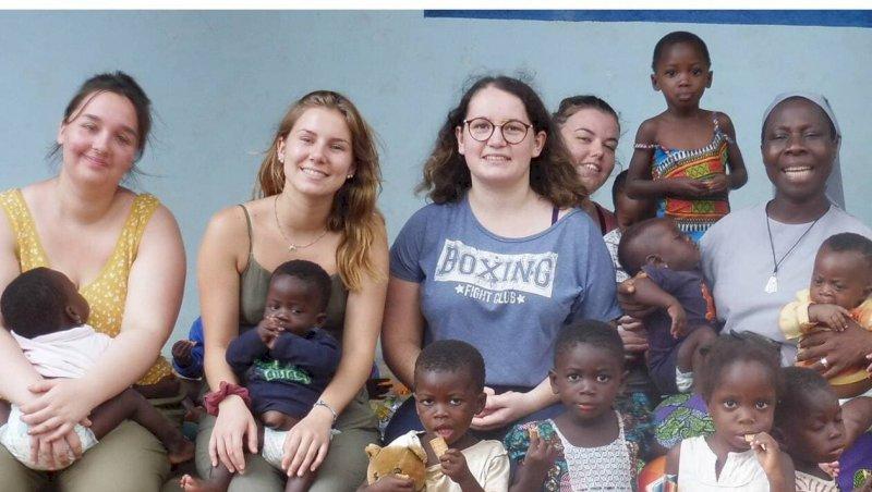 Des lycéennes racontent leur séjour humanitaire