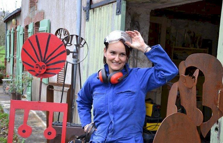 Près de Blain, la chanteuse espagnole Anabel Puig est désormais sculptrice sur fer
