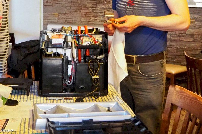 Repair café, de l'entraide pour réparer contre le gaspillage