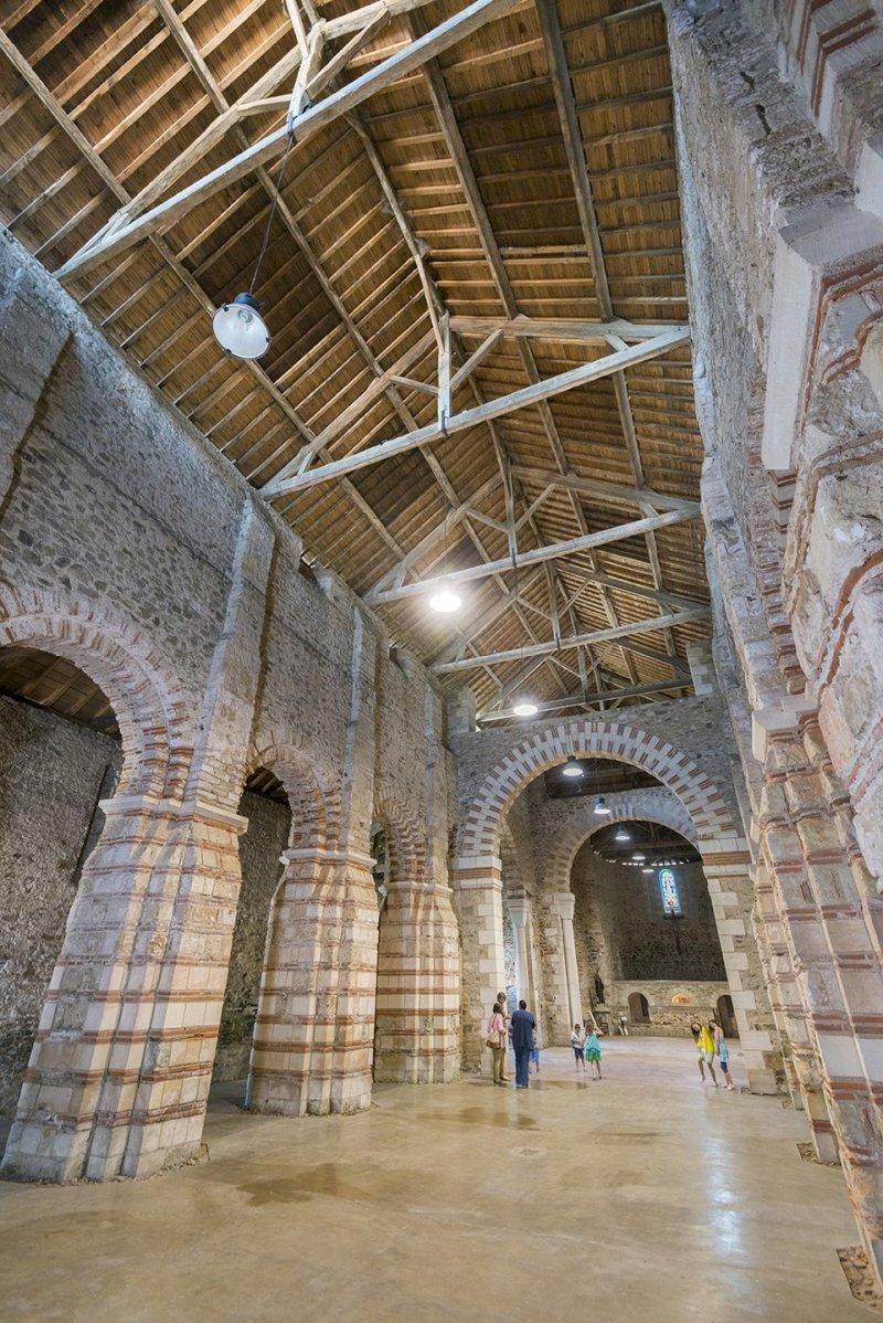 Histoire et architecture du site de l'abbatiale