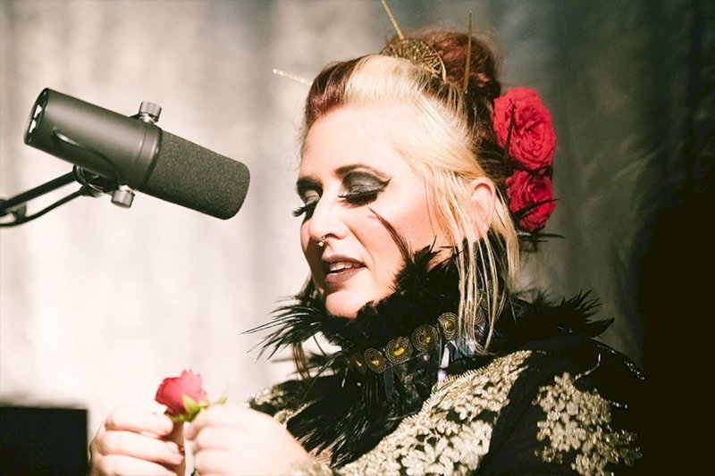 Sarah McCoy [blues folk jazz]
