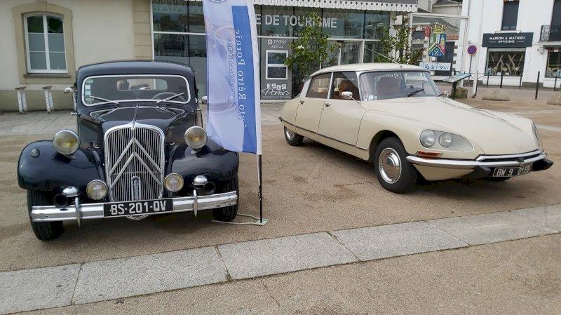 Exposition d'automobiles anciennes et de prestige
