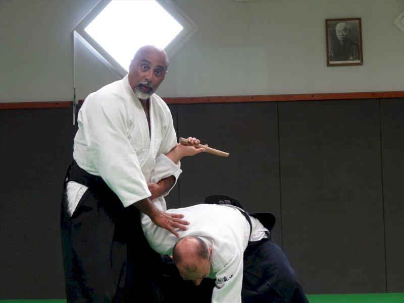 Un cours pour les seniors au Gwenrann aïkido à Guérande