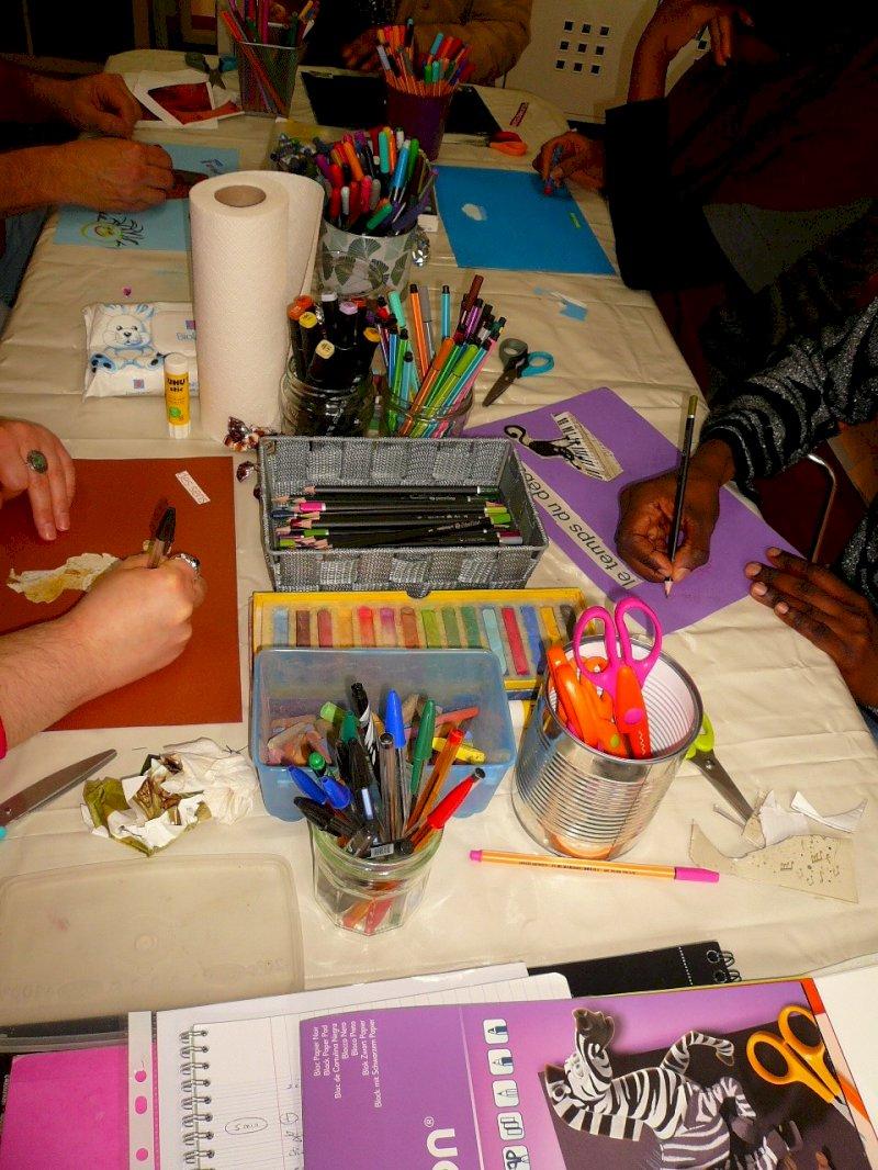 Au fil de la trace : P'tit labo des couleurs et matières avec P'tites graines de bonheur