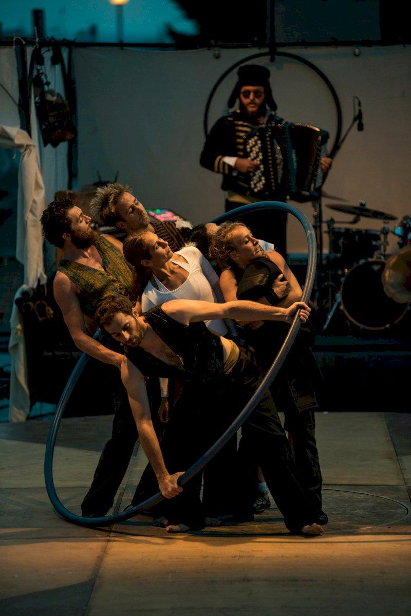 Festival les Renc'Arts : Circo Zoé - Naufragata