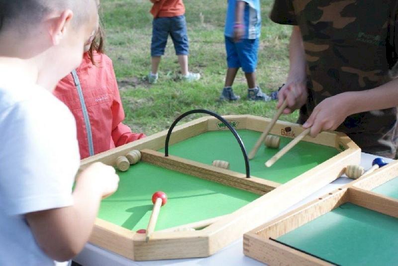 Jeux surdimensionnés en bois