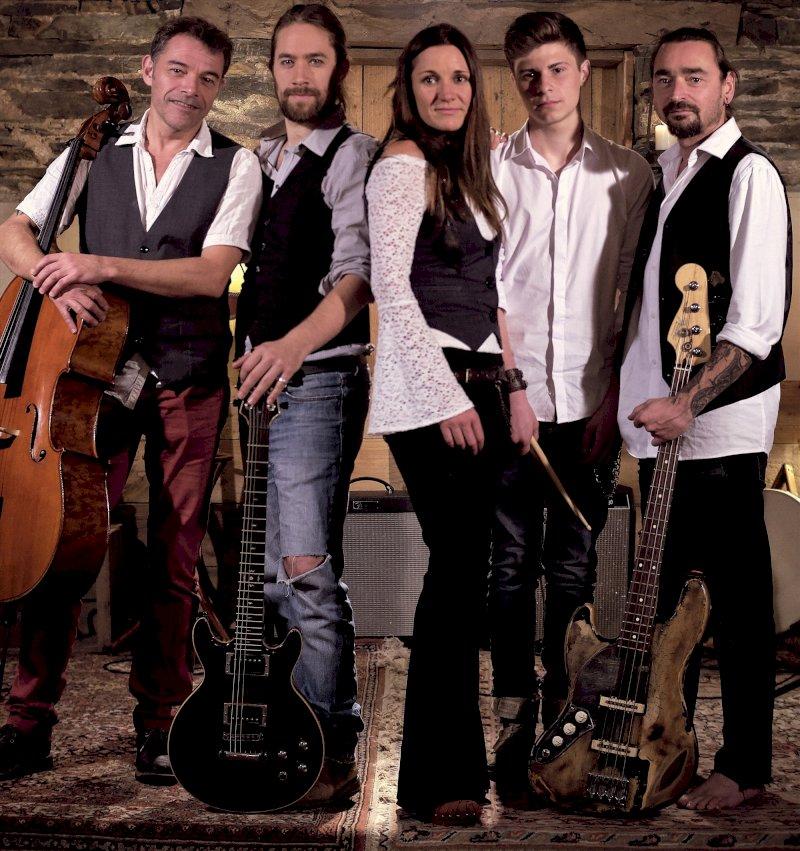 Hôpes : folk rock symphonique