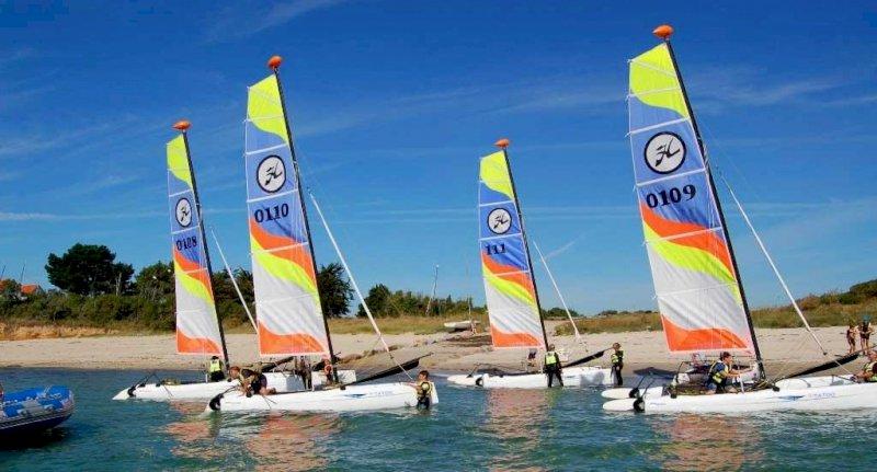 Point location : kayak, paddle, catamaran, planche à voile