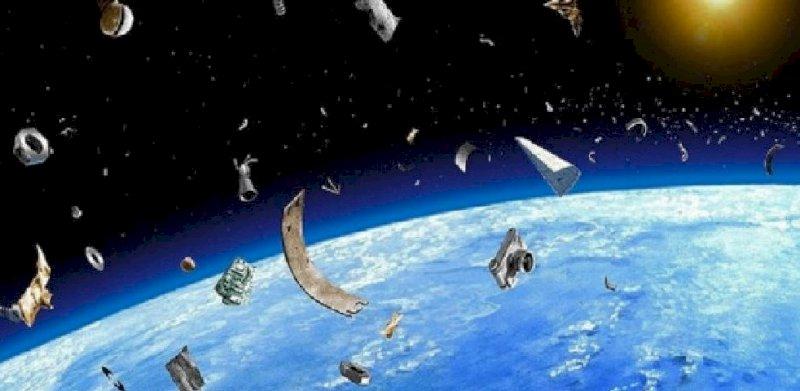 Les débris spatiaux, un vrai problème présenté par Grain de ciel