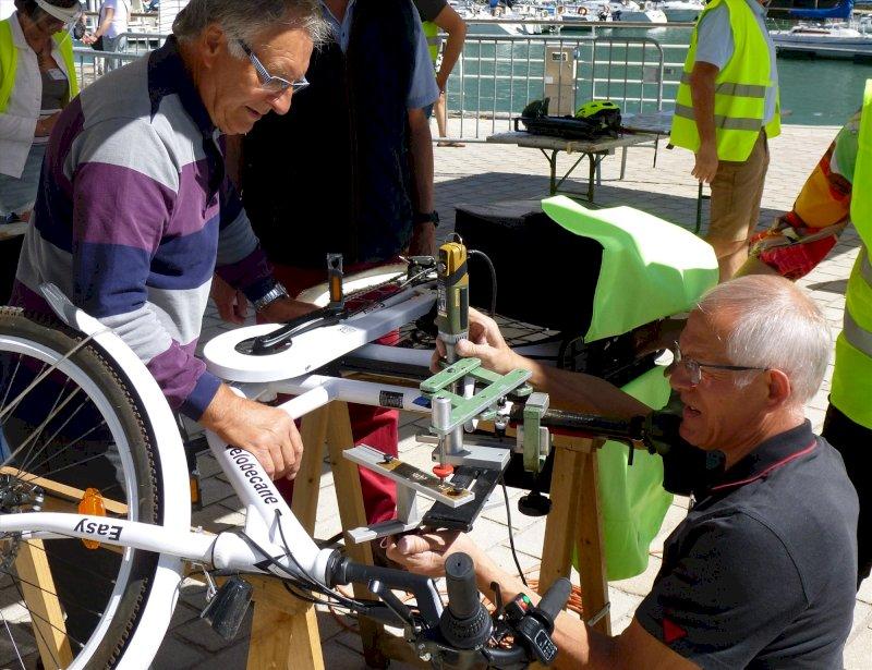 Vélo Presqu'île Estuaire : journée information et marquage bicycode