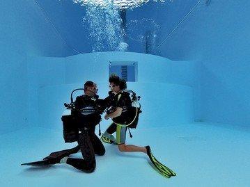 Baptême de plongée pour le Téléthon à l'Aquacentre
